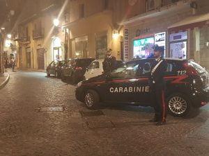 Posto di blocco carabinieri in via Atenea
